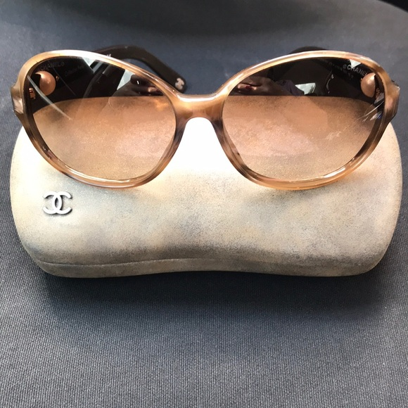 cd6aee6087ed CHANEL Accessories - CHANEL brown pearl sunglasses round